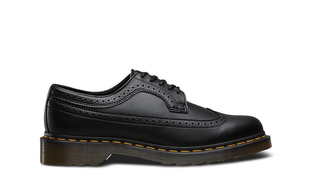 DR. MARTENS 3989 Wingtip Shoe Black
