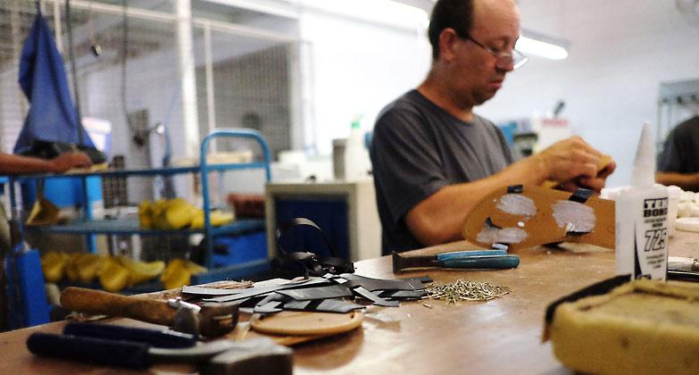 vegan production at ahimsa – shoe manufacturing